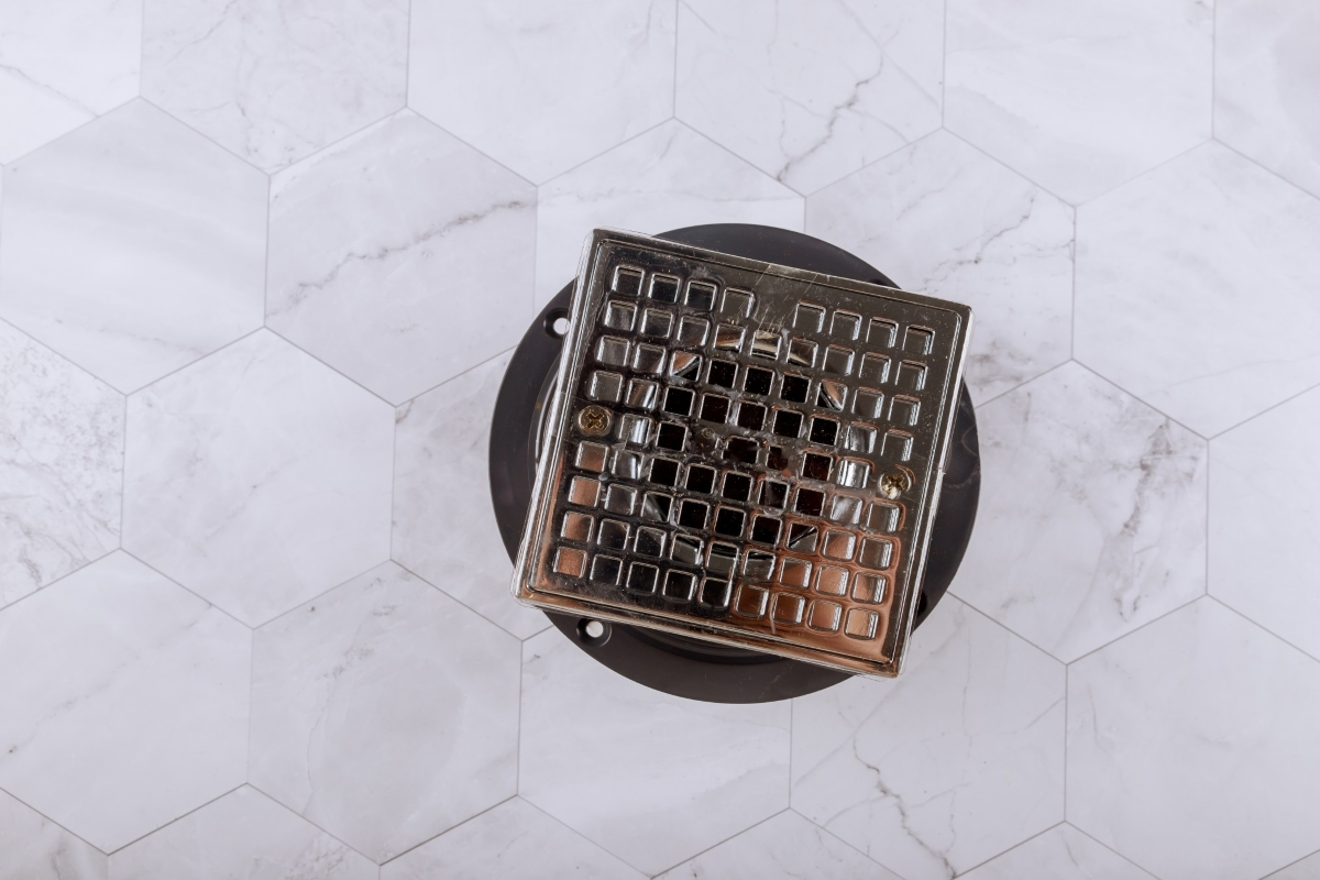 cover-is-stainless-steel-drain-cover-floor-drain-from-modern-shower-in-bathroom_t20_yX0QE2